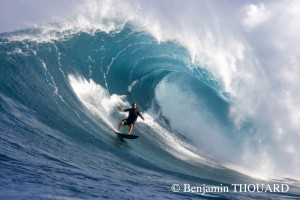 Laird at Jaws - by Benjamin Thouard